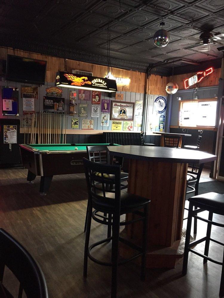 Grumpy's Tavern: 3823 E 2nd St, Superior, WI
