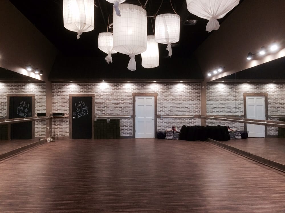 Studio South: 410 Lightfoot Rd, Williamsburg, VA