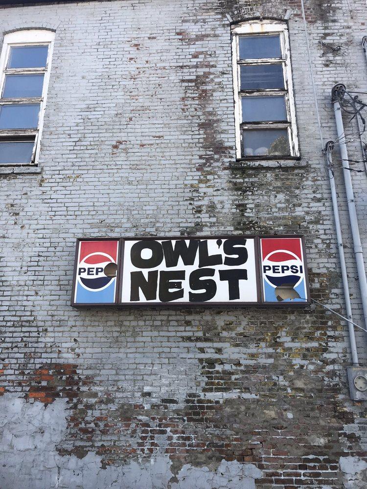 Owl's Nest: 116 S Court St, Ottumwa, IA
