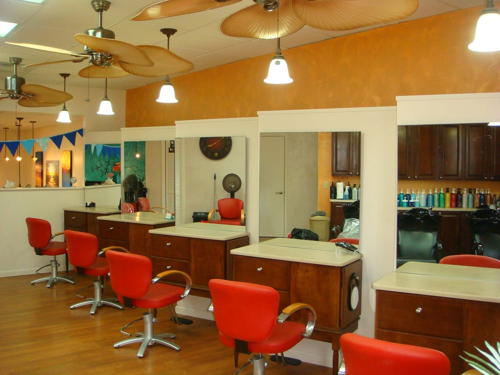 Blue Water Salon & Spa: 589 Main St, Grafton, OH