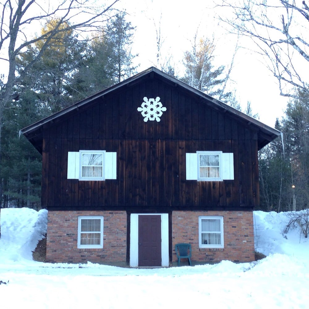 The Inn on Gore Mountain: 711 Peaceful Valley Rd, North Creek, NY