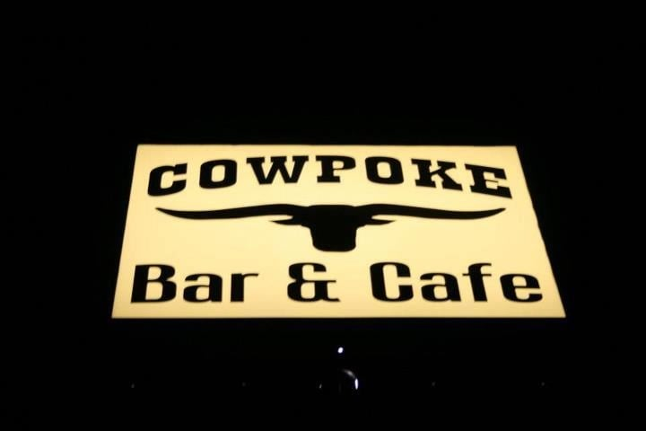 The Cowpoke: 602 Court St, Thedford, NE