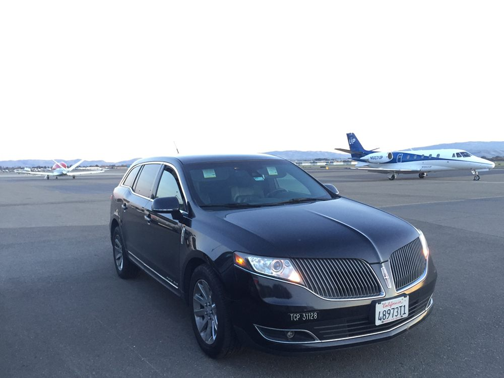 Walnut Creek Airport Service: 1200 Alpine Rd, Walnut Creek, CA