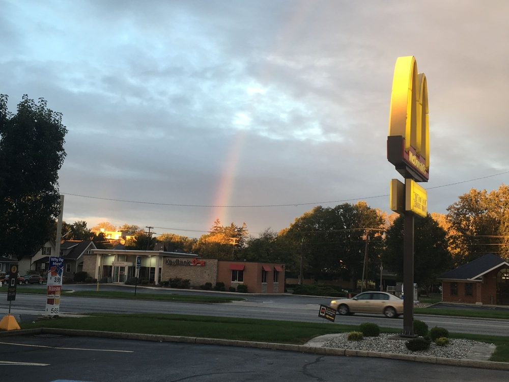 McDonald's: 620 N County Line St, Fostoria, OH