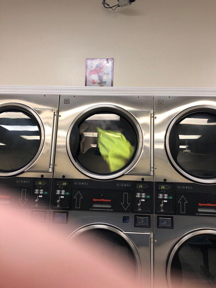 Chantilly Coin Laundry: 14511 Lee Jackson Memorial Hwy, Chantilly, VA
