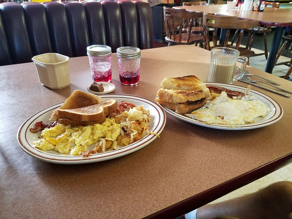 Four Corners Diner: 2705 Rt 20, Sheridan, NY