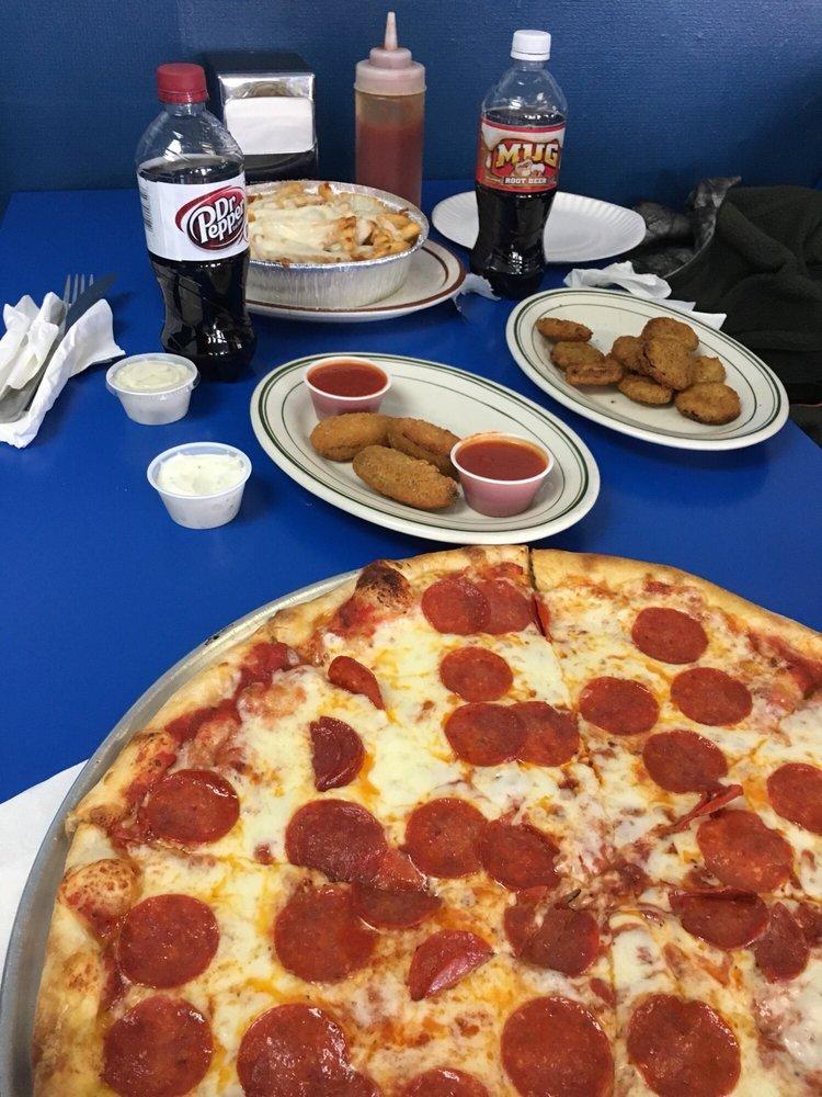 Anna & Mike's Pizza: 9781 S Dupont Hwy, Felton, DE