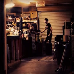 cowtown guitars 18 photos 14 reviews guitar stores 1331 s commerce downtown las vegas. Black Bedroom Furniture Sets. Home Design Ideas