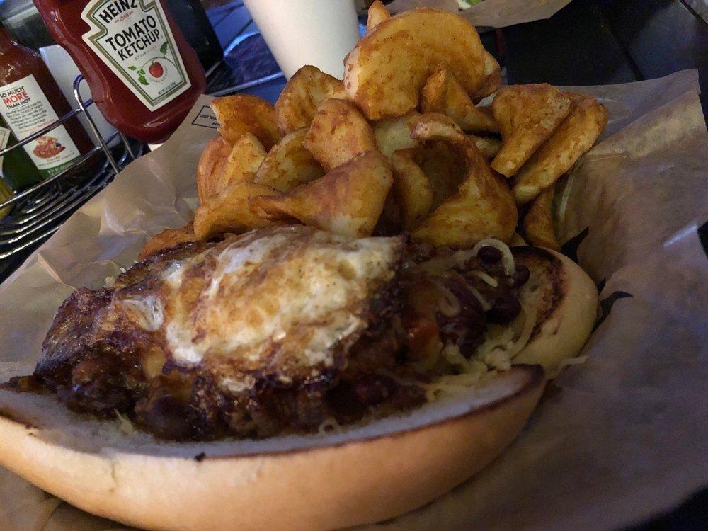 Bobs Off Square Bar & Grill: 106 N Lambert St, Granbury, TX