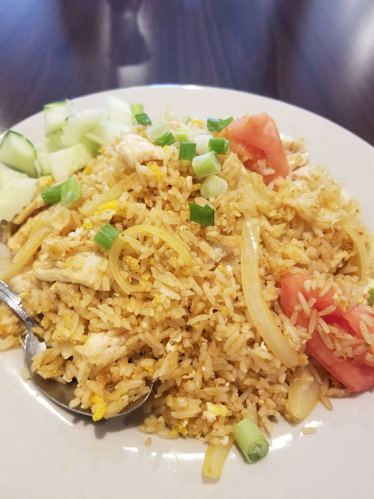 Thai Rama: 606 N Truman Blvd, Crystal City, MO