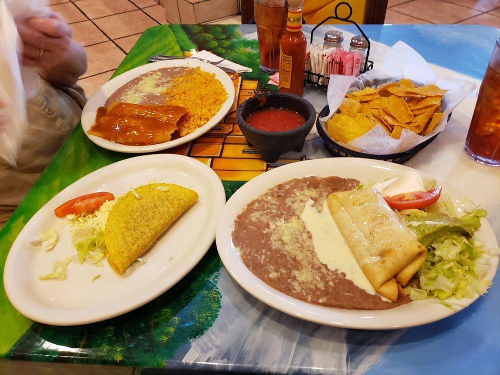 La Hacienda Mexican Restaurant: 6471 Caroline St, Milton, FL