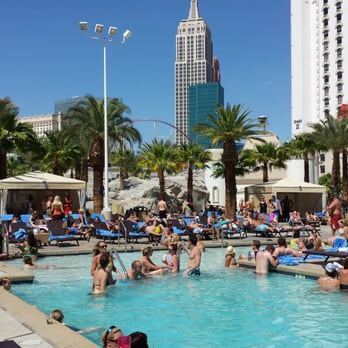 excalibur hotel pool reviews