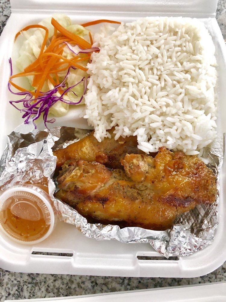 Eden Thai Cuisine: 9426 Las Tunas Dr, Temple City, CA