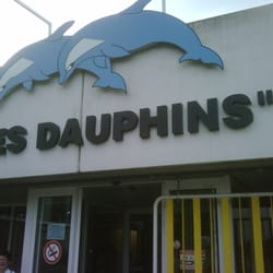 Piscine les dauphins swimming pools rue p re damien 2 for Piscine dauphin mouscron