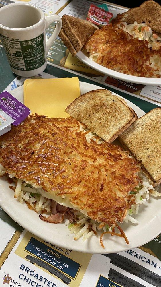 Falls Family Restaurant: 158 N Main St, Oconto Falls, WI
