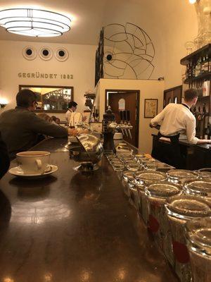 Café Paris - 229 Fotos & 502 Beiträge - Bistro - Rathausstr ...