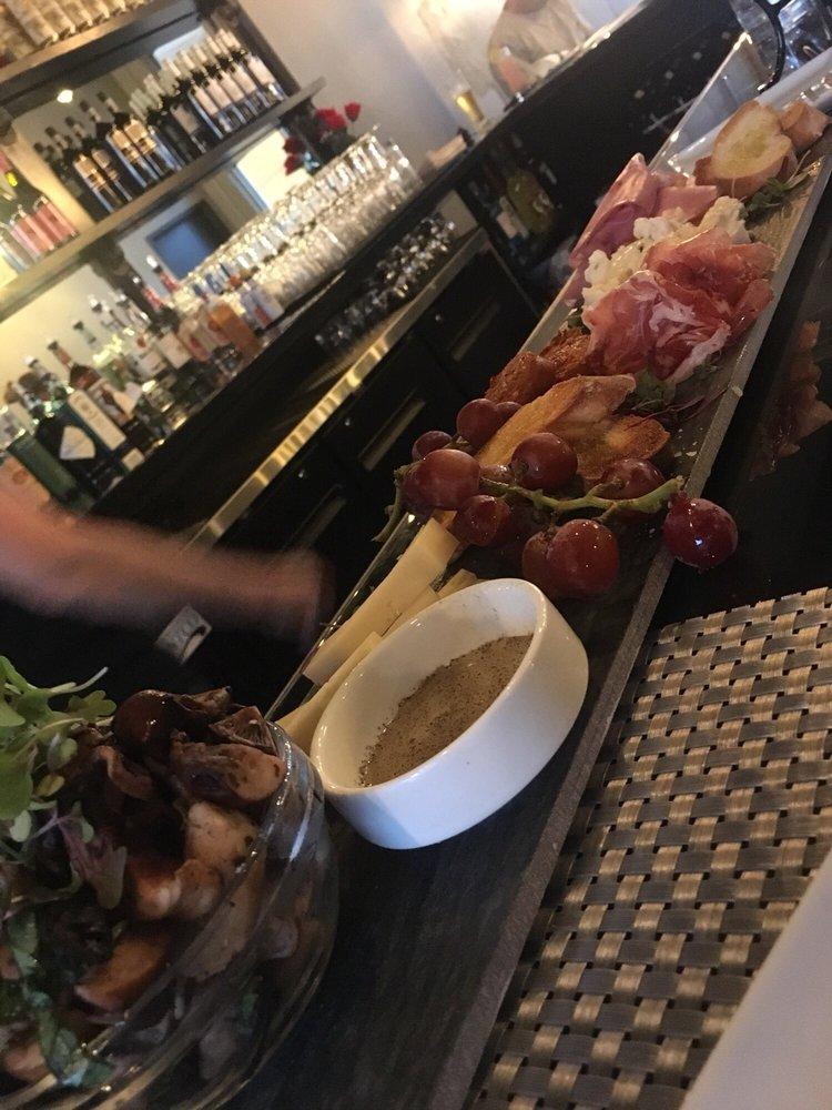 Virgola Wine Bar: 5 Village Green Way, Patchogue, NY