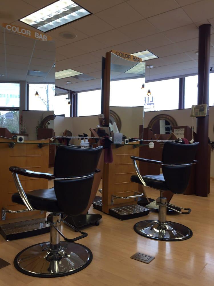 Lift Salon 10 Reviews Hair Salons 1314 S Milwaukee Ave Vernon