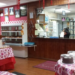 Lindas Cake Specialty Shop