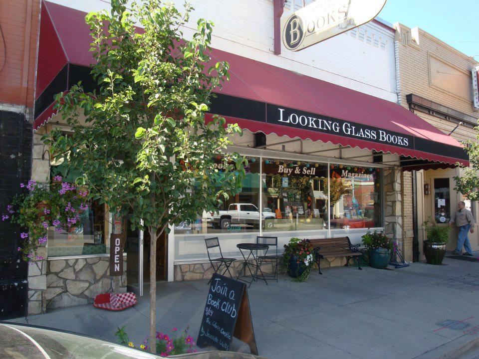 Looking Glass Books: 1304 Adams Ave, La Grande, OR
