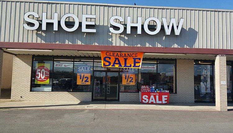 Shoe Show: 3318 Front St, Winnsboro, LA