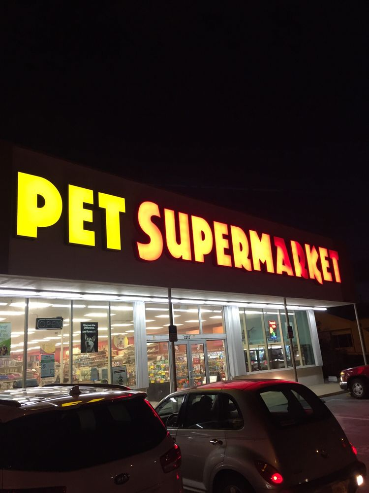 Pet Supermarket: 2212 N Roosevelt Blvd, Key West, FL