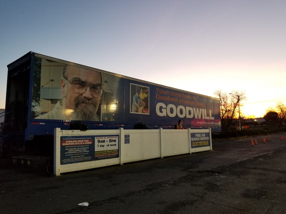 Goodwill Drop-off: 4955 SW Western Ave, Beaverton, OR