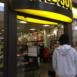 PacSun - 10 Reviews - Sports - 251 Stonewood St, Downey, CA ...
