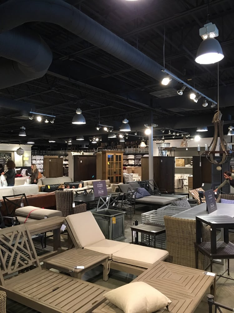 Restoration Hardware Furniture Outlet: 241 Fort Evans Rd NE, Leesburg, VA