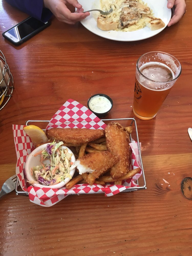Jackson Creek Bar & Grille: 2 Jackson Creek Rd, Montana City, MT