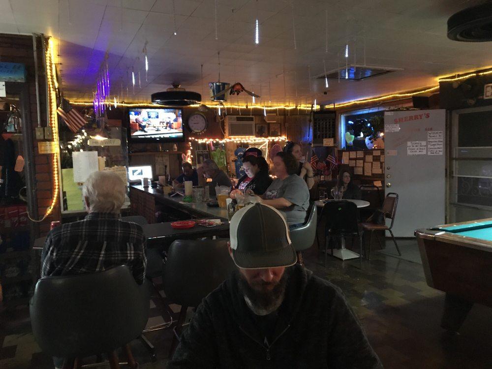 Sherry's Tavern: 675 E Mount Vernon Blvd, Mount Vernon, MO