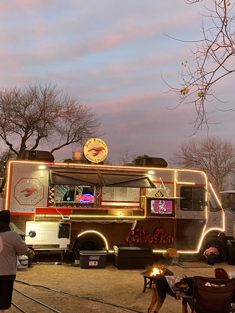 Three Acres Food Truck Park: 10648 Fm 1764, Santa Fe, TX