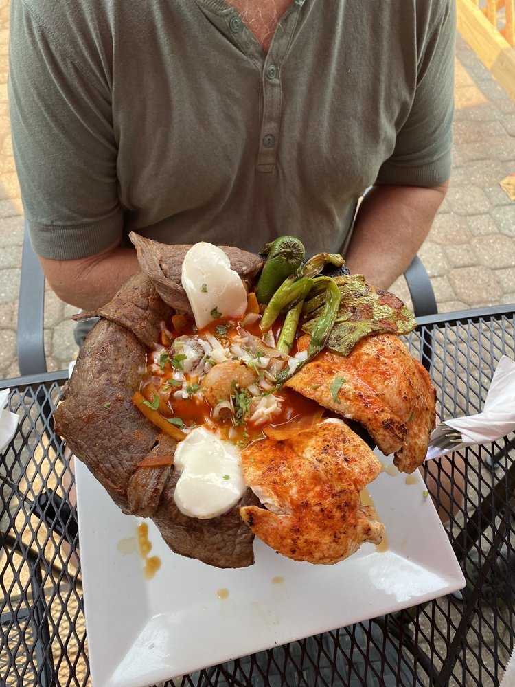 Gabby's Cuisine: 260 Jones St, Murphys, CA