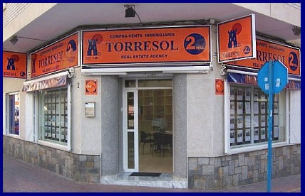 Inmobiliaria torresol agentes inmobiliarios vicente for Inmobiliaria torrevieja