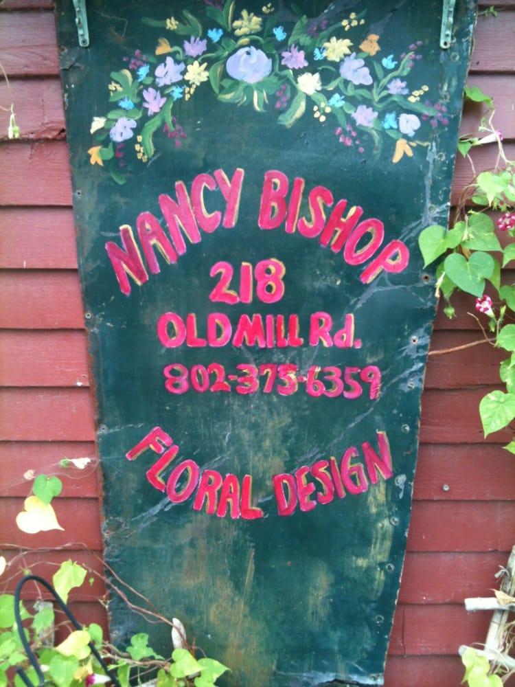 Nancy Bishop Floral Designs: 218 Old Mill Rd, Arlington, VT
