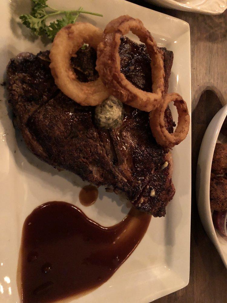 Austin's Steak and Saloon: 16920 Wright Plz, Omaha, NE