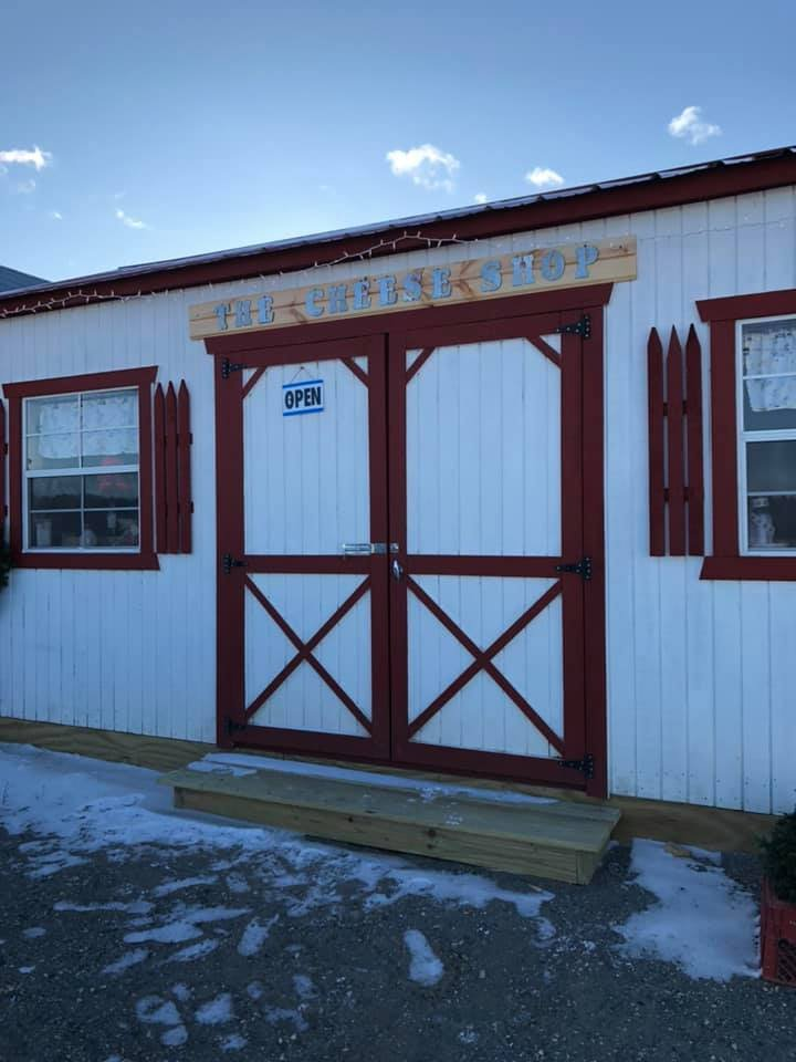 J & R Family Farm: 4051 Vt Rte 100, Westfield, VT