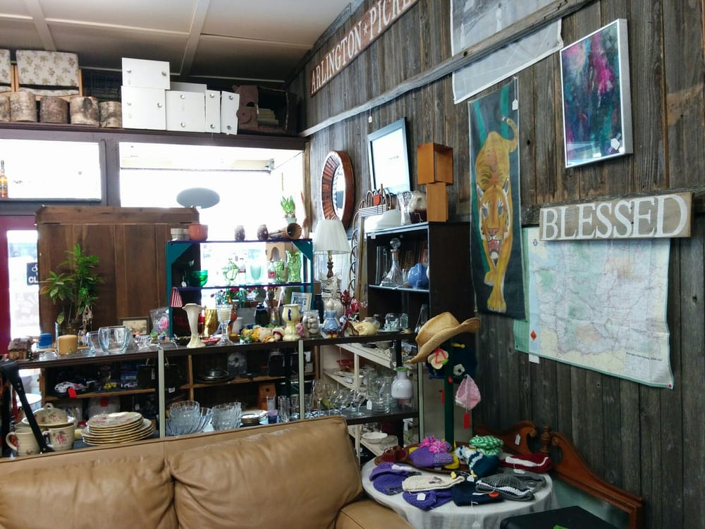 Arlington Pickers: 332 N Olympic Ave, Arlington, WA