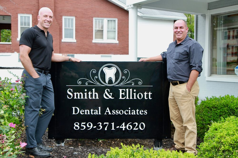 Smith & Elliott Dental Associates: 265 Main St, Florence, KY