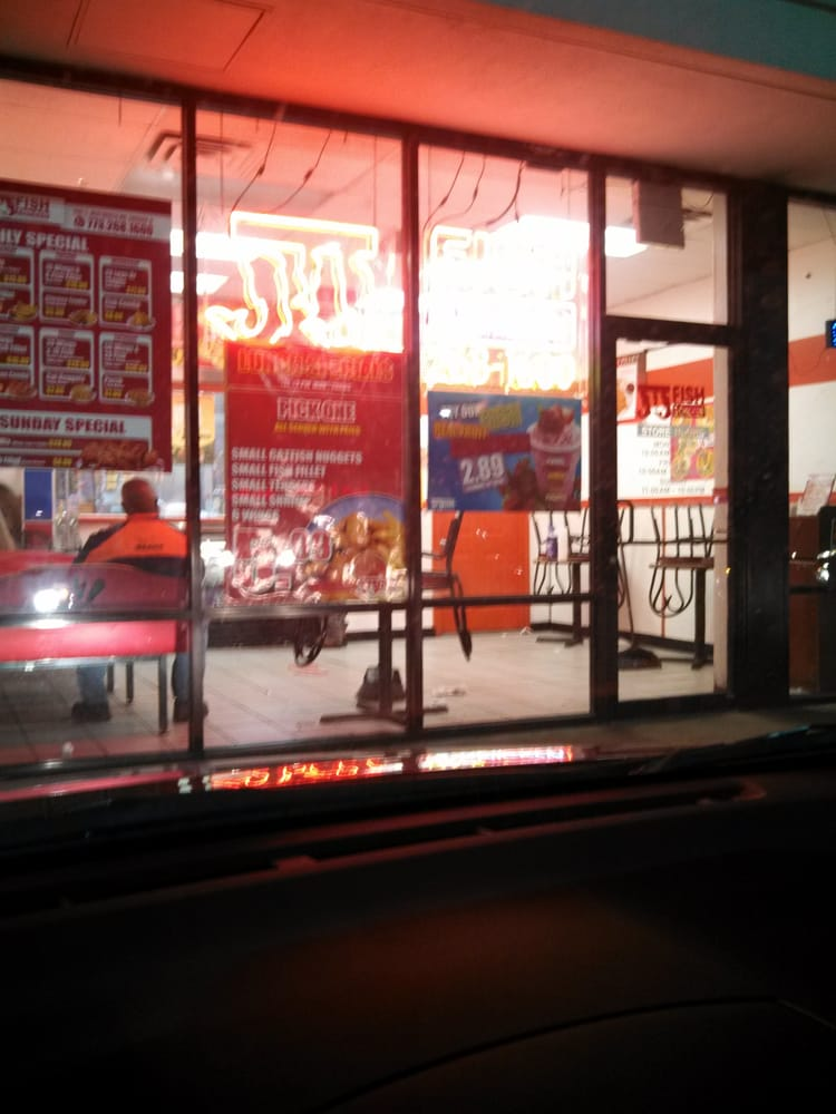 Jj fish and chicken 16 fotos fast food 5401 s for Jj fish chicago ave