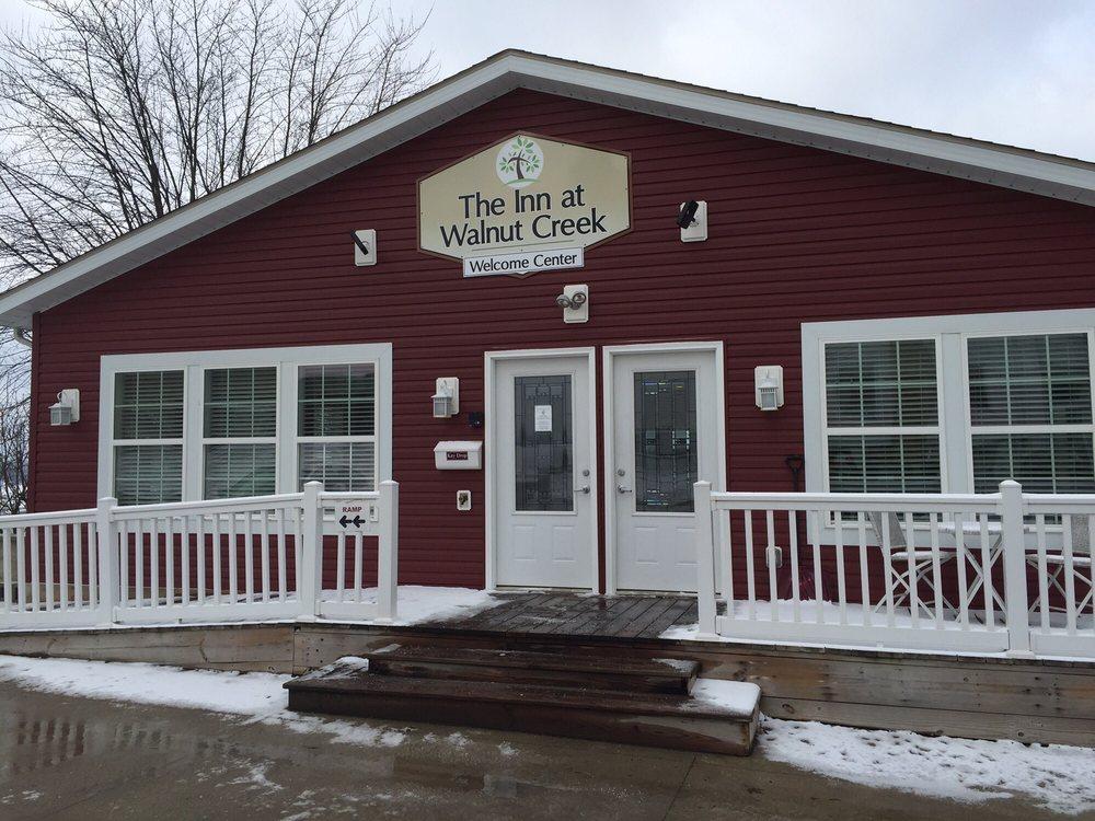 Inn At Walnut Creek: 4861 Olde Pump, Walnut Creek, OH