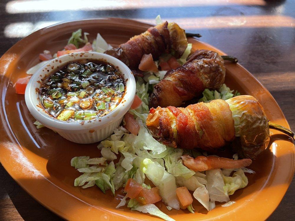 El Entronke Bar & Grill: 9032 S Central Ave, Phoenix, AZ