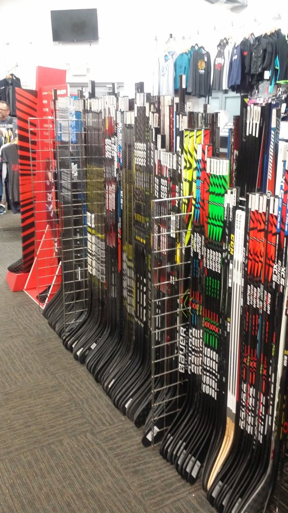 Jerry's Hockey: 801 Wesemann Dr, West Dundee, IL
