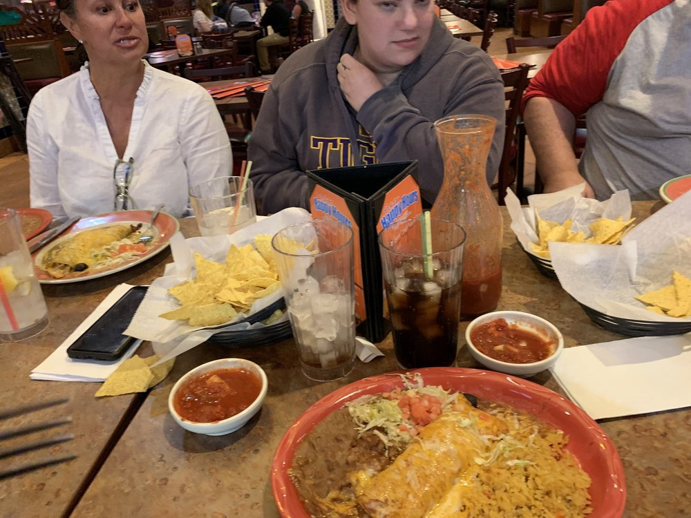 Paradiso Mexican Restaurant: 1445 S Broadway, Minot, ND