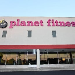 planet fitness niles