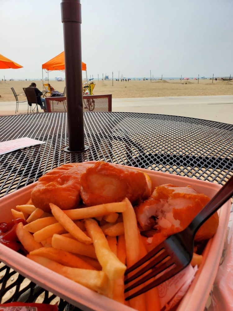 Perrys Cafe and Beach Rentals
