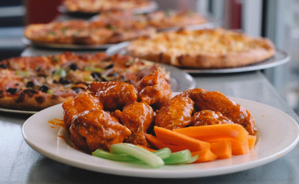 Bruceskis Buffalo Wings and Pizza