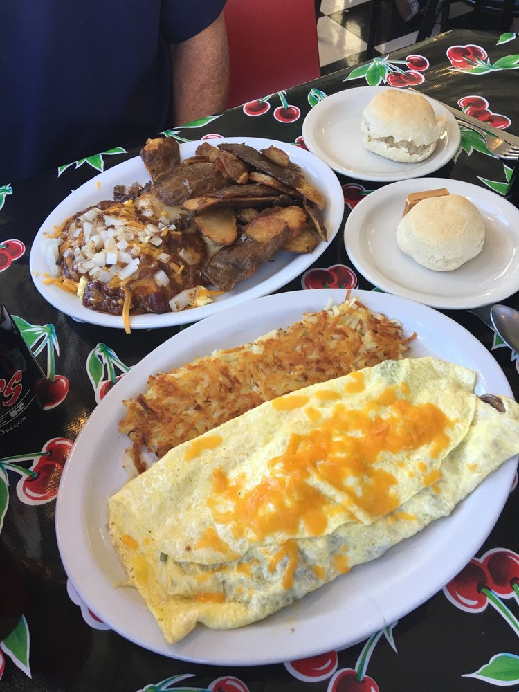 Food from Addi's Diner