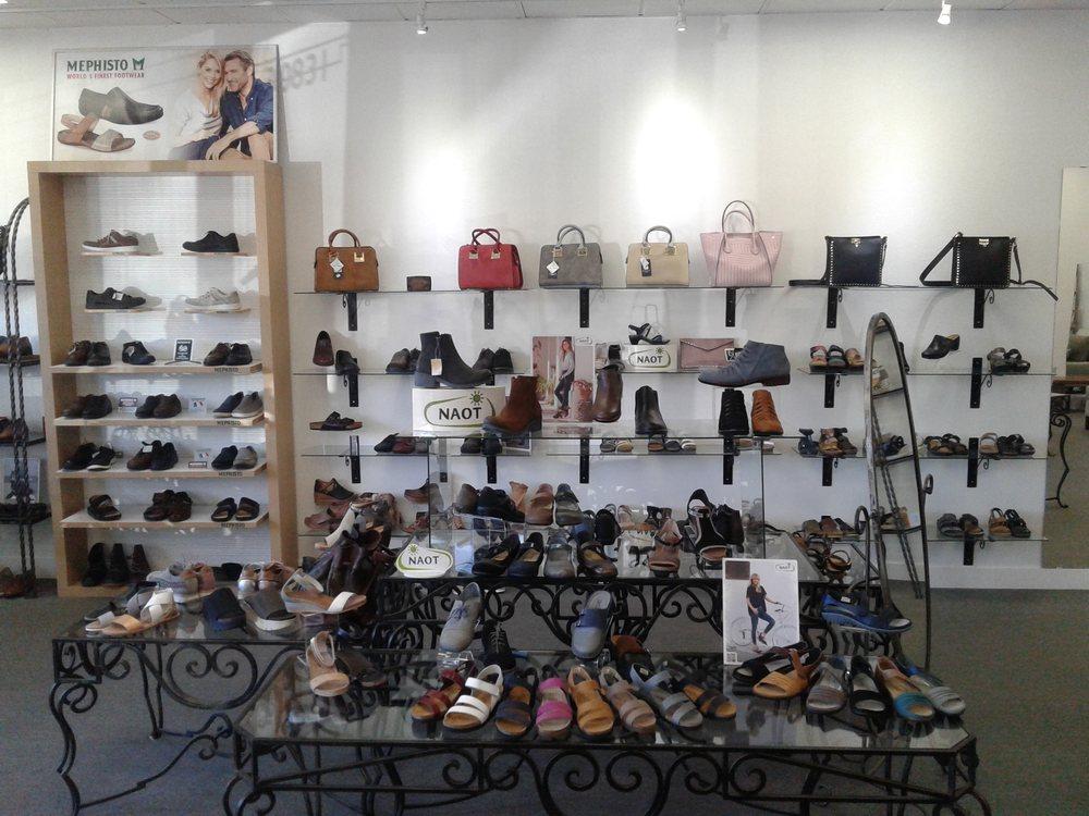 Westlake Shoes: 30831 Thousand Oaks Blvd, Westlake Village, CA