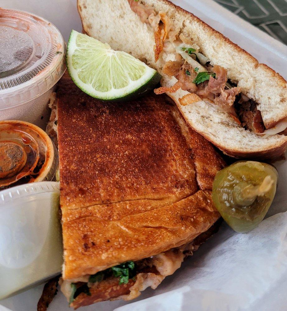 3 Mexicanos Restaurant: 700 Kiowa St, Leavenworth, KS
